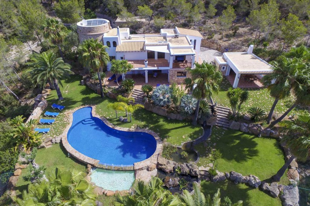 Renting villas with - Ibiza house renting ...