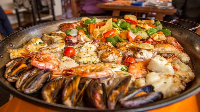 eat Mixed Seafood Grill in ibiza