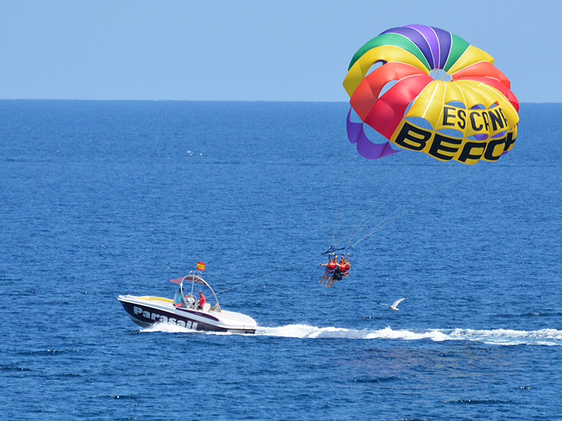 where to do Parasailing in ibiza