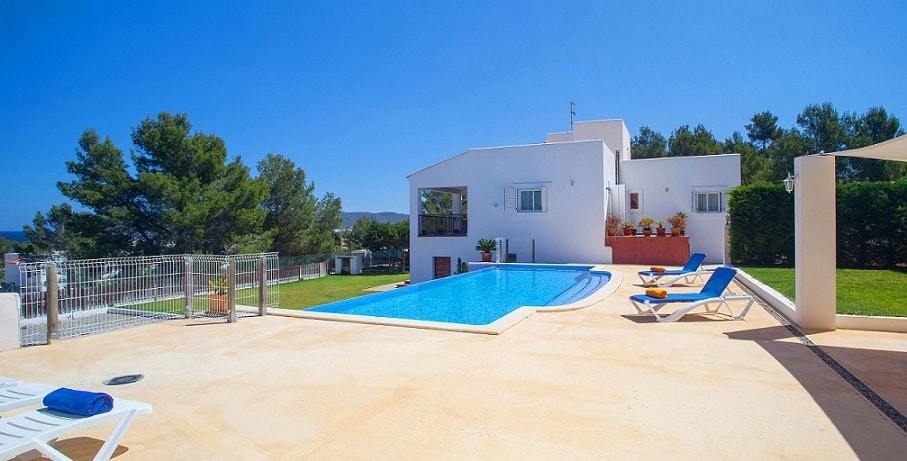 villa for families in ibiza