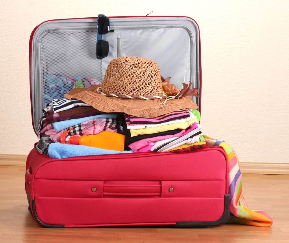 Make a perfect suitcase to Ibiza