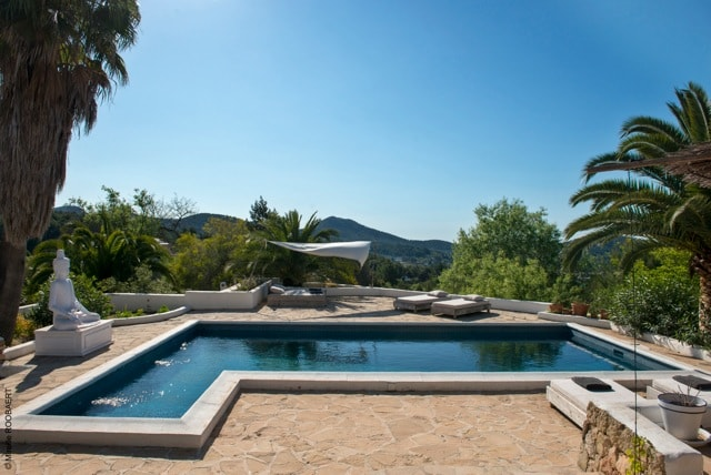 Swimming pool rental house of Ibiza