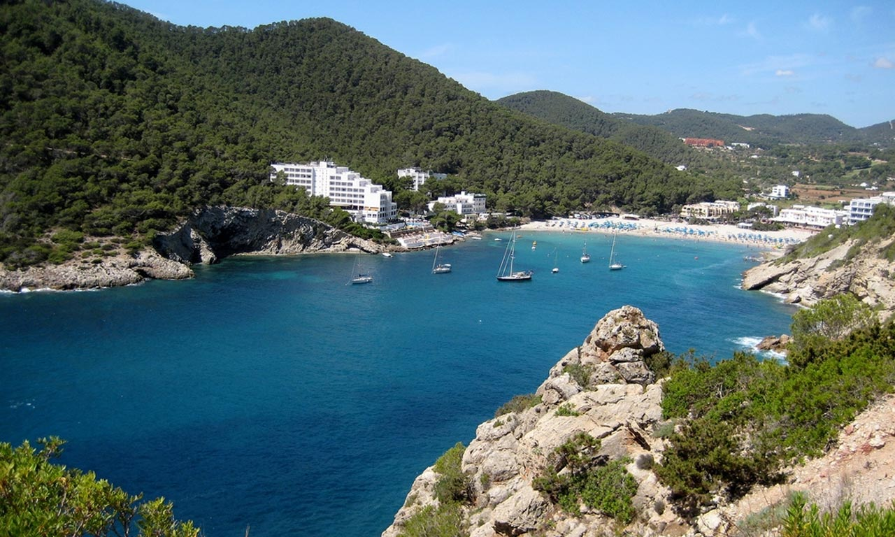 Cala Llonga in Ibiza by boat