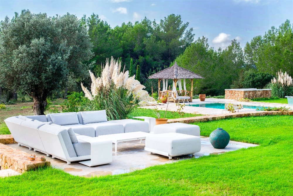 Chill out area Ibiza luxury villa