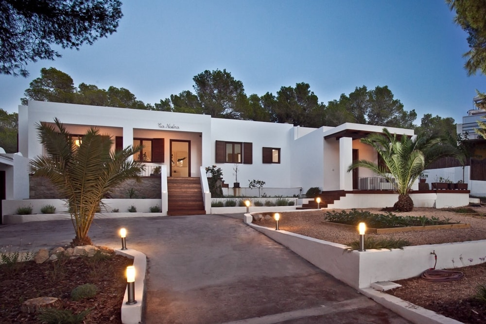 Main entrance rental house in Ibiza