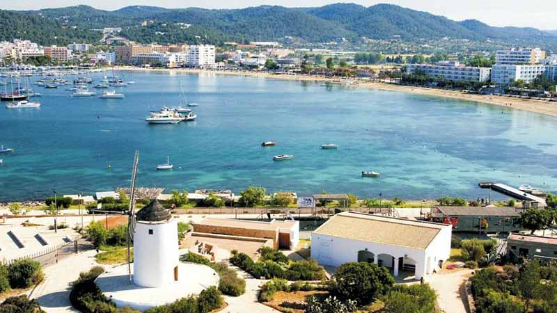 Best Location to Stay in Ibiza? - Rent Ibiza Holidays Villas
