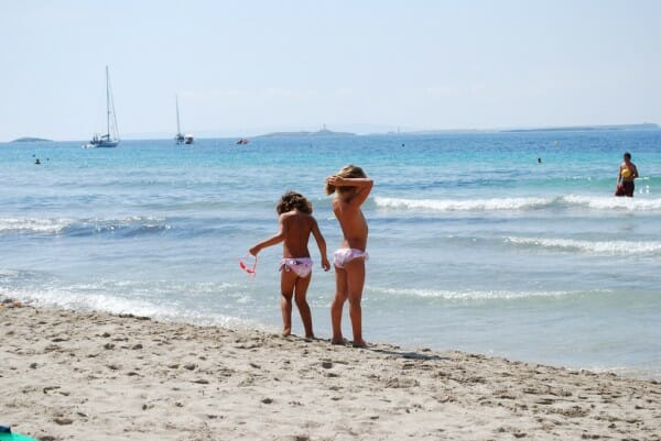 Traveling to ibiza with kids - Rento holiday Ibiza Villas