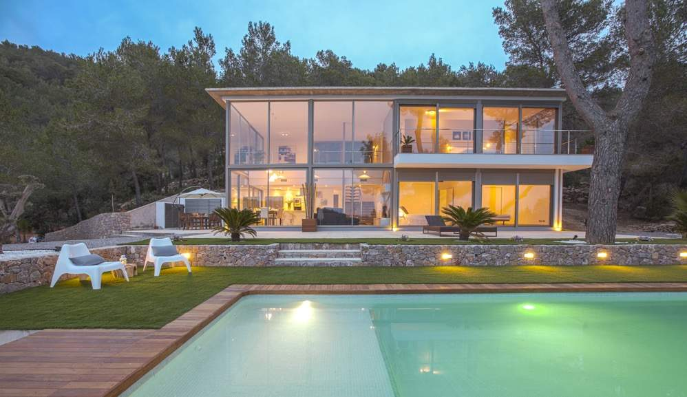 Romantic vacation for couples in Ibiza