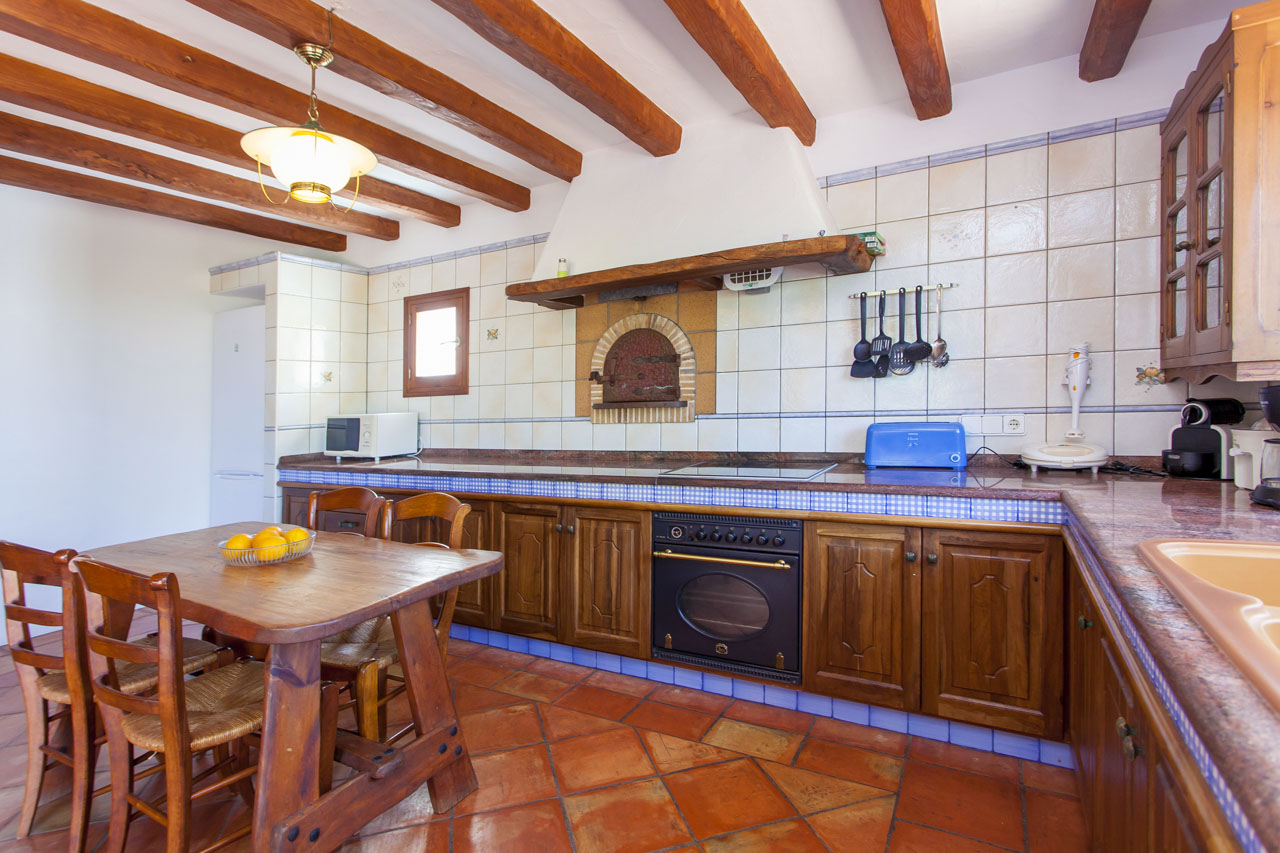 Kitchen of house of rent in ibiza spacious and luminous