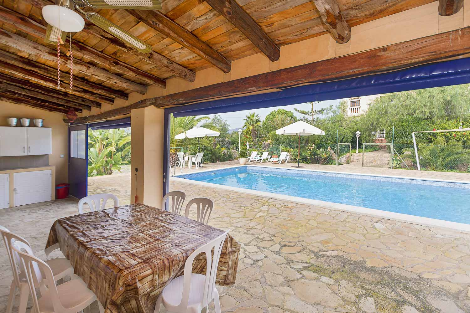 Terrace with pool view in a rental house in Ibiza