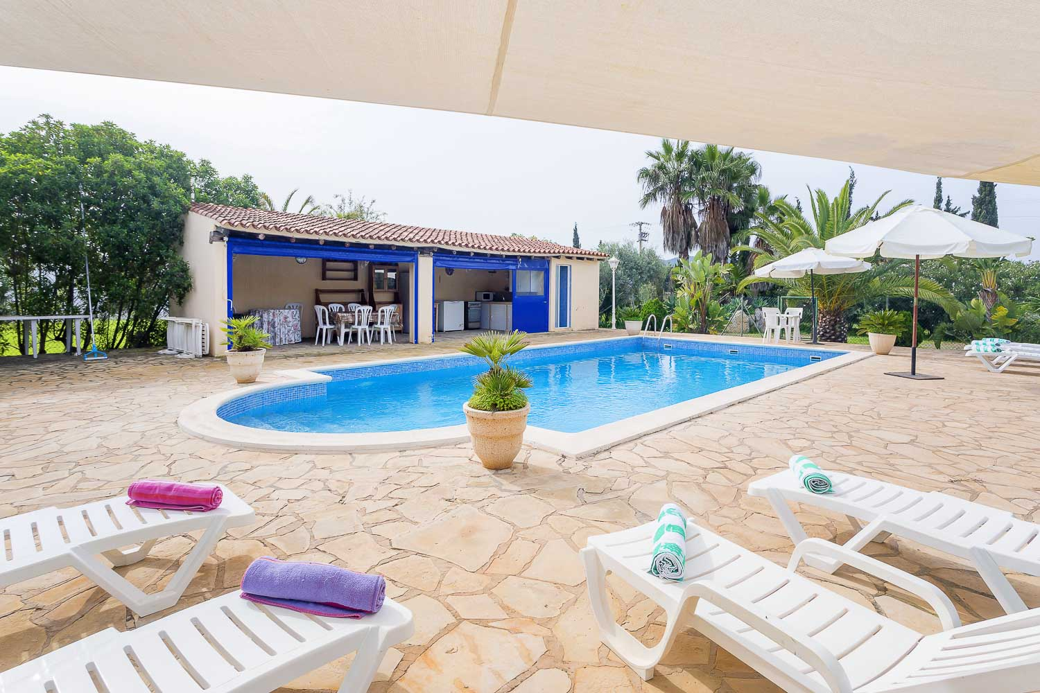 Pool zone in a rental house in Ibiza