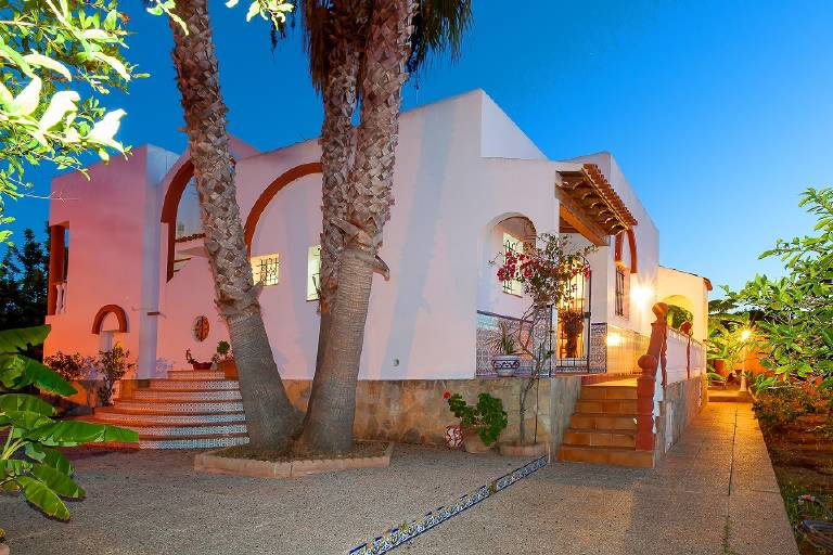 cheap villa rental in ibiza