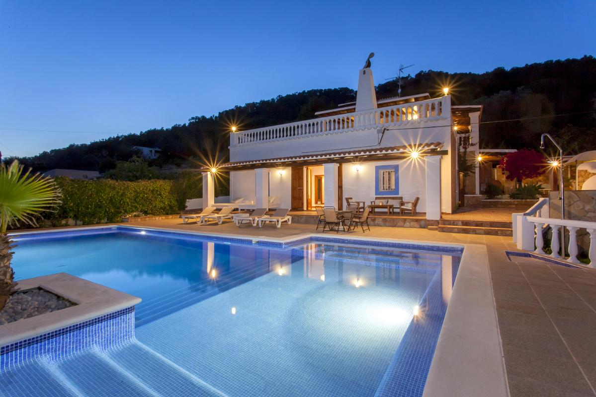 General overview of ibiza rental house with swimming pool