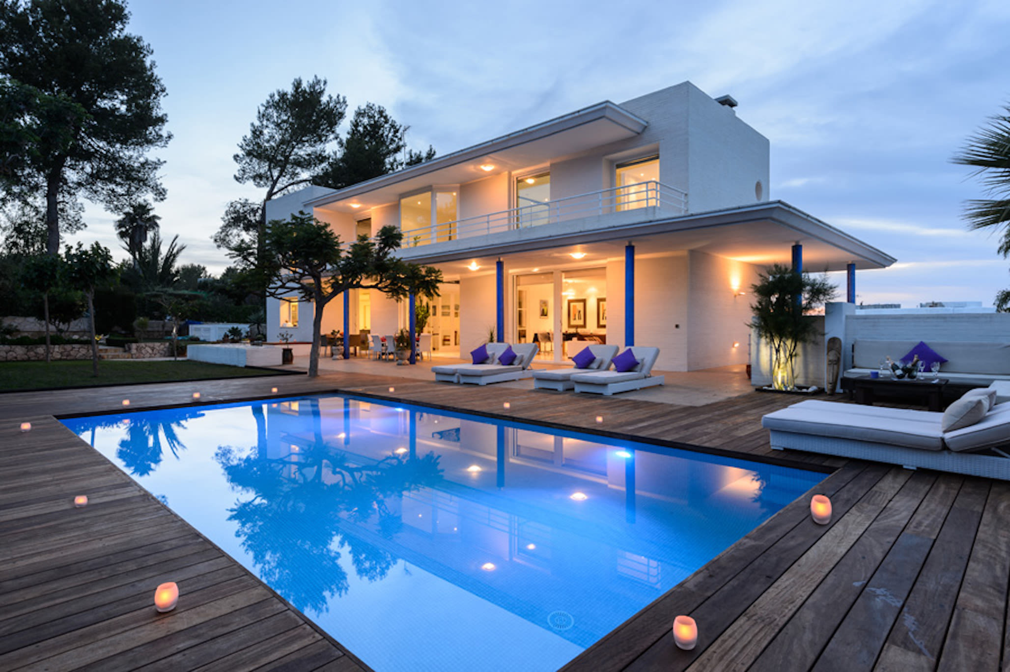 villa with private pool in ibiza