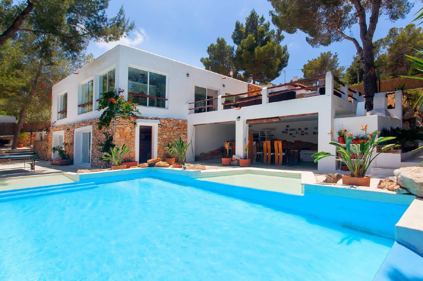 Alquiler de casa rural con piscina en ibiza villa ves for Alquiler de piscinas